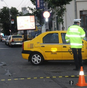 accident-taxi-296x300