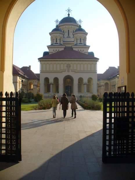 catedrala-reintregirii-alba-iulia