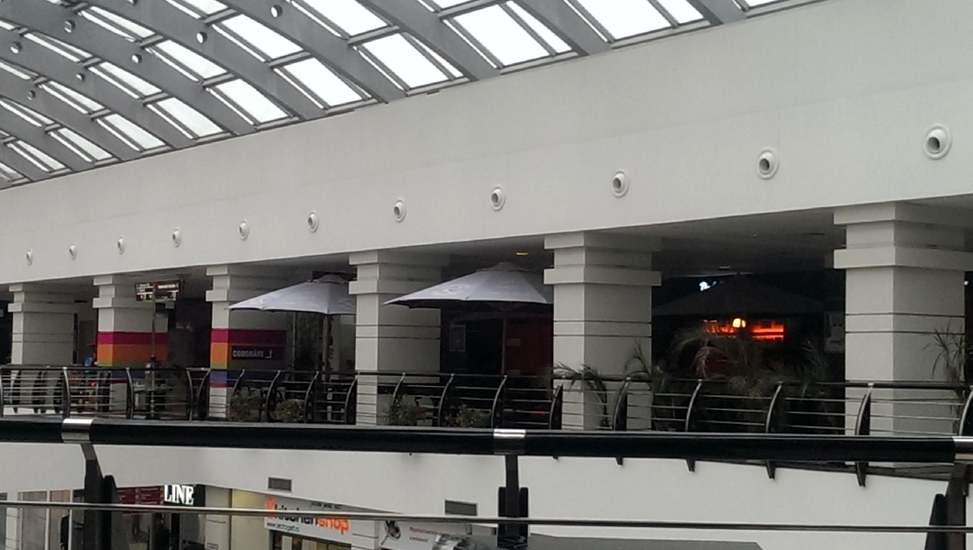 Umbrele-Arena-Mall