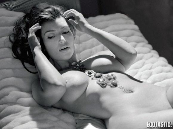 kim-kardashian-topless-playboy-01-580x435