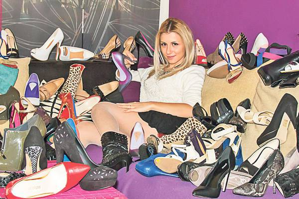 17_Betty-Stroe-pantofi_cdbe219a14